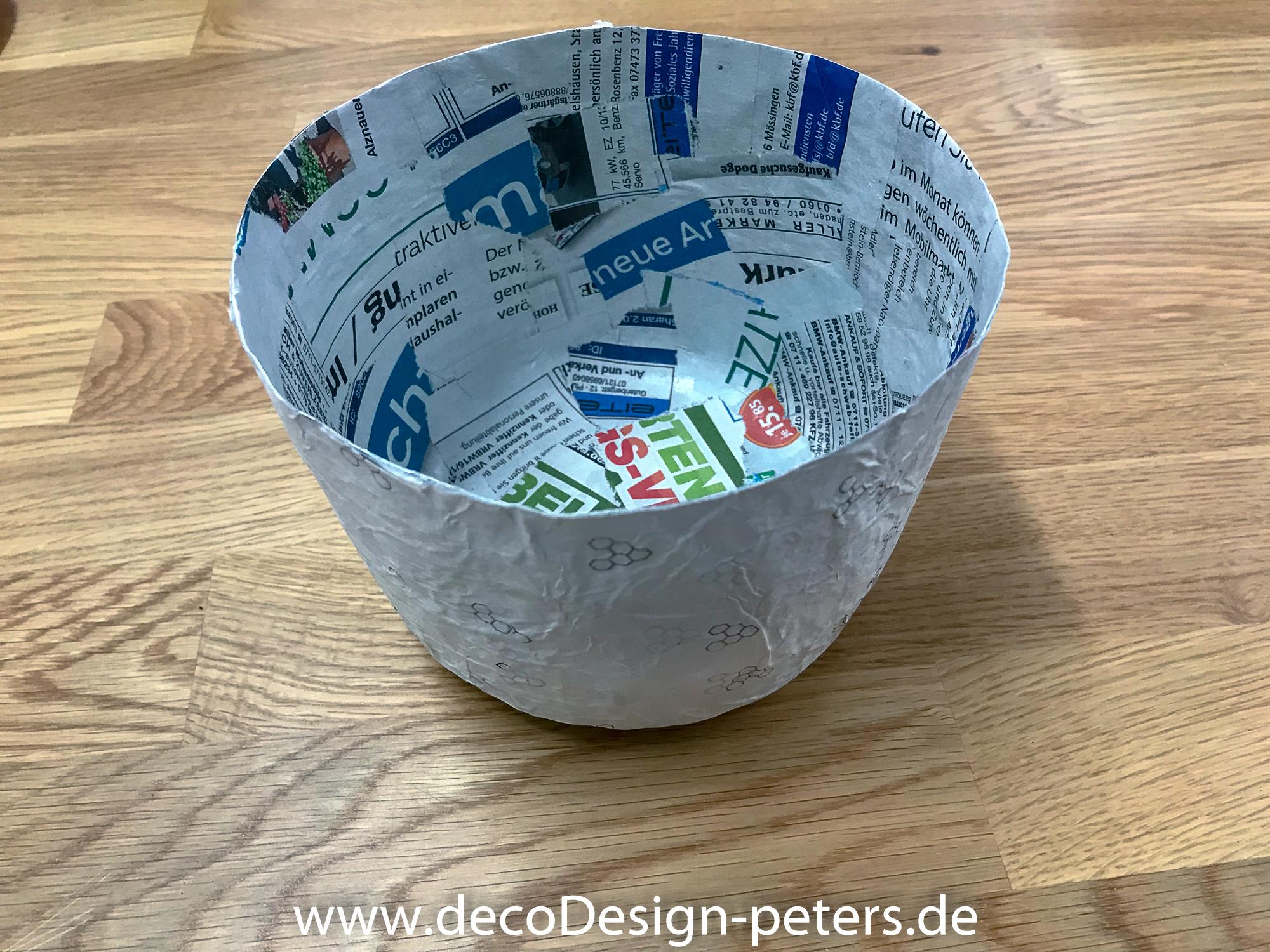 Behälter aus Pappmache im Rohzustand (c)decoDesign-peters